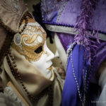 venice-kiss-masks