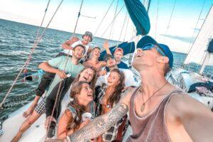 Wyjazdy letnie na Mazury - jachty
