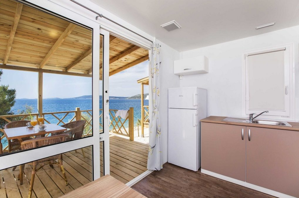 70010_Belvedere_Trogir_Mobile_homes_sea-view